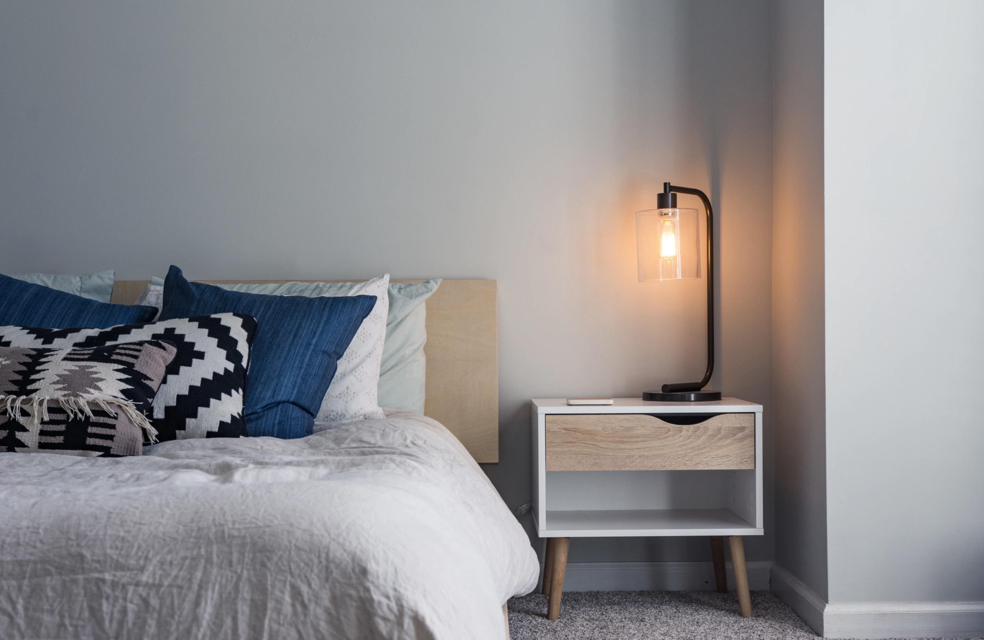 Picture of: Indretning 5 Tips Til Et Minimalistisk Sovevaerelse Med Plads Til Ro Forkvinder Dk